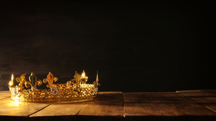 Light shining on a crown